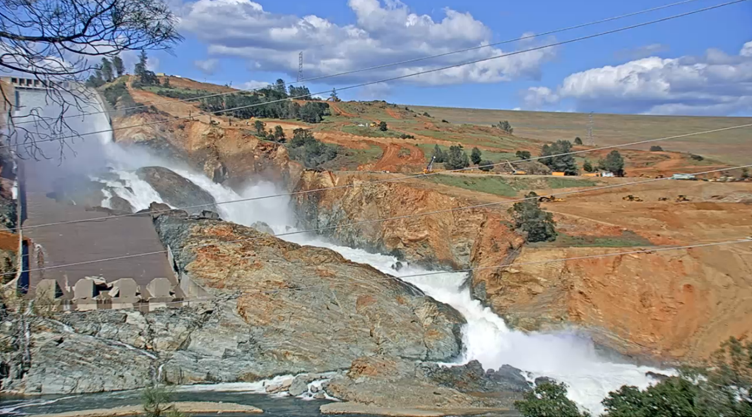 Lake Oroville Spillway Screen Cap