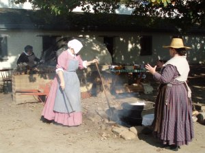 Pioneer Women at Living History Days at the Fort