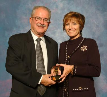 Mike Furtney and Joann Killeen with the 2006 Prism Award for Welcome Back to the Ranch