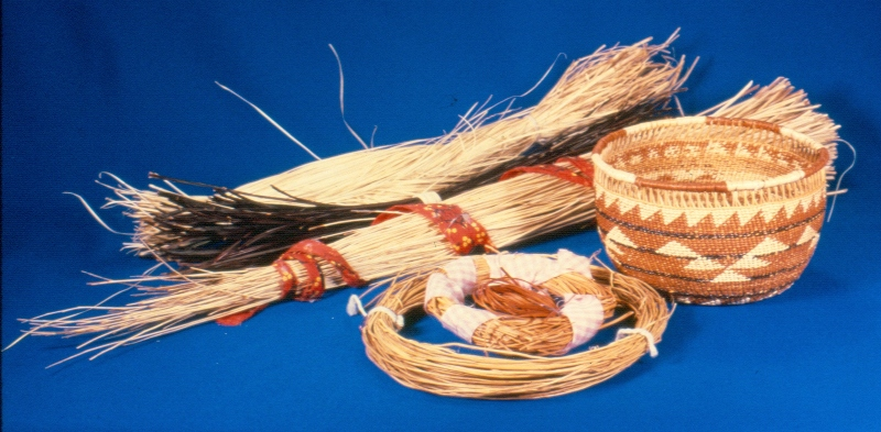 Materials Used For Making A Basket : California indian baskets