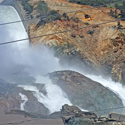 Lake Oroville Spillway Webcam image