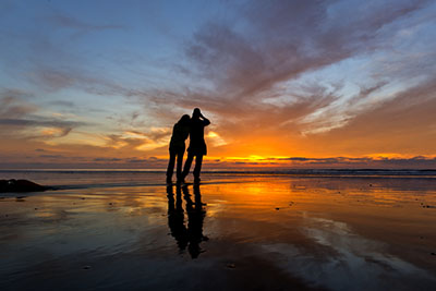 Image of couple at Torrey Pines SB