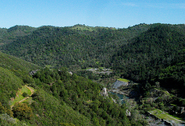 Hills around the American River in the Auburn SRA