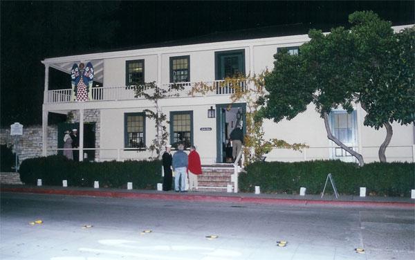 Thumbnail: Larkin House